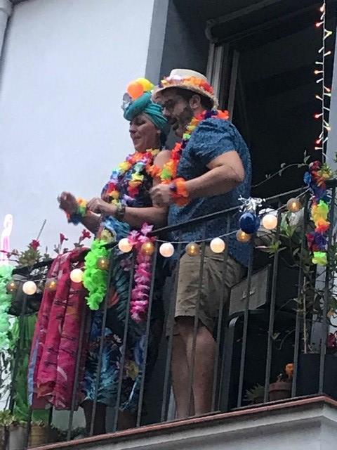 Barcelona-balcony-carnival